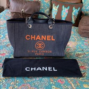 CHANEL Bags - CHANEL Limited Edition Deauville
